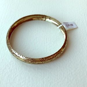 NEW // gold bracelet - NWT!